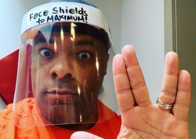 Face shield: Face shields to maximum!